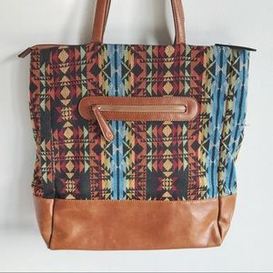 Street Level Tote bag